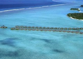 China Belize / Maldives Overwater Bungalow With Light Steel , Over The Water Bungalows supplier